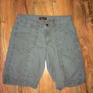 "Lee ""one true fit"" shorts, 9/10"